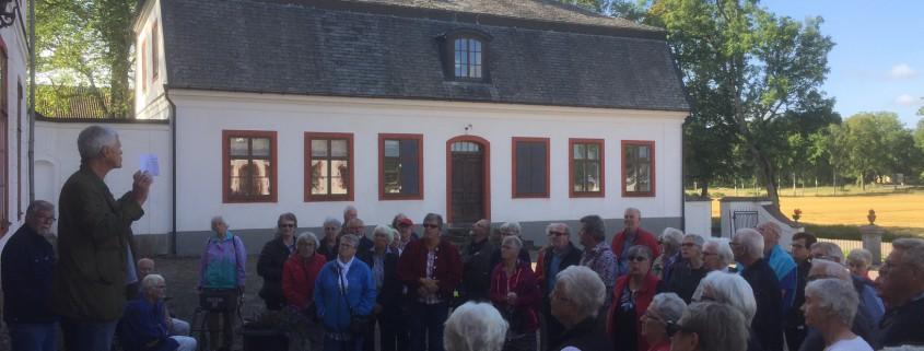 Pensionärsförening besökte Stora Ek